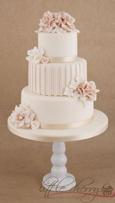Roses and Stripes 3 tier wedding cake - bride, give me free hand with this . - Roses and Stripes 3 tier wedding cake – bride, give me free hand with this design … – New Stu - 3 Tier Wedding Cakes, Round Wedding Cakes, Wedding Cake Roses, Elegant Wedding Cakes, Beautiful Wedding Cakes, Gorgeous Cakes, Wedding Cake Designs, Pretty Cakes, Rose Wedding