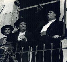 """Yo, como Alcalde vuestro que soy, os debo una explicación… Pepe Isbert y Manolo MOrán en """"Bienvenido Mr. Marshall"""", 1953"""