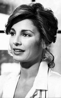 Anne Archer, Academy Award nominee in 1987 Anne Archer, You Look Beautiful, The Most Beautiful Girl, Beautiful Women, Hollywood Actresses, Actors & Actresses, Divas, Old Movie Stars, Best Actress