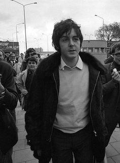 """maccasmccartney: """"""""Paul McCartney, 1967. """" """""""