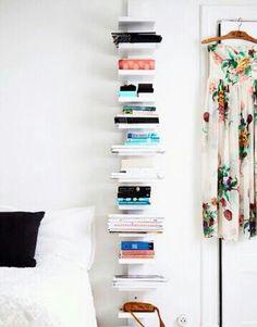 b cherregal schwebend wei b cher books deco. Black Bedroom Furniture Sets. Home Design Ideas