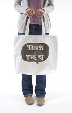 DIY Trick or Treat bag using the FREE Shape of the week!
