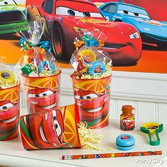 Make easy-peasy favor cups full of high-octane fun with reusable plastic party cups! Click the pic for more Cars party ideas. Car Themed Parties, Cars Birthday Parties, Birthday Party Favors, Birthday Ideas, Lightning Mcqueen Party, Lightening Mcqueen, Holi Party, Disney Cars Party, Disney Cars Birthday
