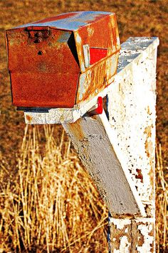 Mid-Century Modern Mailbox. Develops even more character with time. www.modboxusa.com