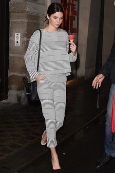 Kendall stops at an ice cream shop on Sept. 24, 2014, in Paris, France. - Cosmopolitan.com