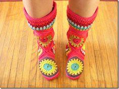 Caravan Hexagon Square Granny Boots