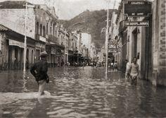 Enchente de 1940, Rua Halfeld, em 24 de dezembro de 1940 (arquivo de H. Ferreira).