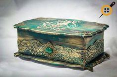 Hand Decorated Box Antique Jewelry Box Old Antique box Decoupage Wood, Decoupage Vintage, Altered Cigar Boxes, Antique Boxes, Altered Bottles, Jewellery Boxes, Painted Boxes, Jewel Box, Casket