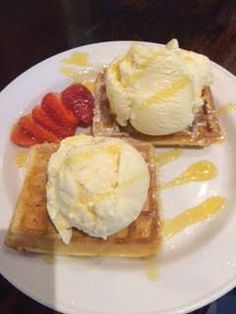#Waffles at Oscar's Oscars Pizza, Pizza Company, Food Pictures, Waffles, French Toast, Breakfast, Morning Coffee, Waffle, Morning Breakfast