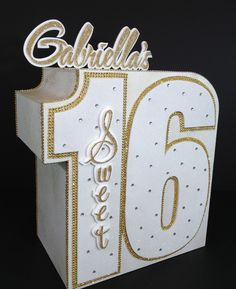 Elegant and glitzy with rhinestone bling...That's how I would describe this Gift Card Money Box for a Sweet Sixteen party.
