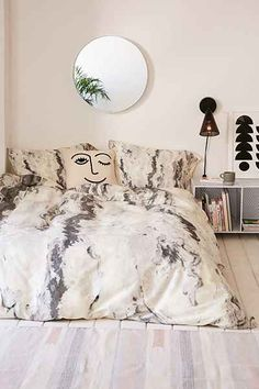 Lisa Argyropoulos For DENY Mono Melt Duvet Cover - Urban Outfitters
