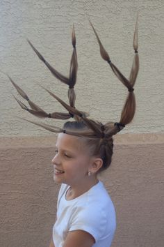 Morgan wanted to have antlers this year. Good thing her daddy is amazing at designing.crazy hair day at school!