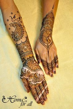 Get Karwa Chauth Mehndi Designs. Get Step by Step Henna (Mehandi Designs) for Karva Chauth that are Specially Designed to Impress Husband. Bridal Henna Designs, Best Mehndi Designs, Arabic Mehndi Designs, Henna Tattoo Designs, Mehandi Designs, Heena Design, Henna Tattoos, Henna Mehndi, Hand Henna