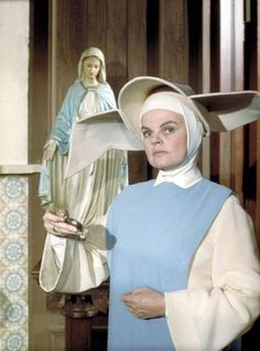 Madeleine Sherwood As Mother Superior On The Flying Nun Dies