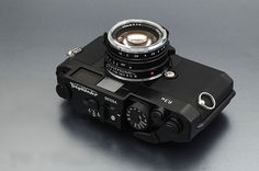 Voigtlander Bessa R3M 35mm film camera