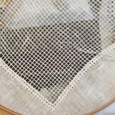 #embroidery #stitches #needlework #filetlace #자수 #필레레이스 #이태리자수 #달빛정원 #일산프랑스자수 #그물짜기 #달빛정원공방