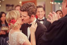 """""""You may now kiss the bride. Parks And Recreation Ben, Leslie And Ben, Wedding Album, Wedding Photos, Parcs And Rec, Ben Wyatt, Parks Department, Leslie Knope"""