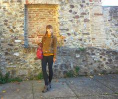 #style #simple #outfit #leggings #fashionblogger #winter  @Sisi Liu Cosa ne pensate di questa proposta ? Anche voi amate essere semplici per questo tipo di occasioni ?  Vi piacciono la collezione abbigliament...