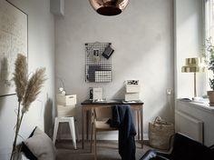 кабинет стол стул декор окно панно коробки