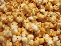 We went to the zoo and they have the best kettle corn EVER! I tried recreating it and I think I came pretty close. Popcorn Recipes, Snack Recipes, Dessert Recipes, Cooking Recipes, Snacks, Yummy Treats, Sweet Treats, Yummy Food, Desert Recipes