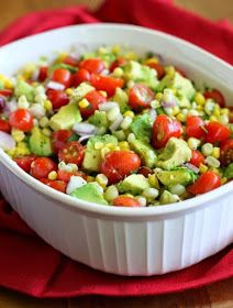 Corn, Avocado & Tomato Salad Recipe – – My Salat Good Healthy Recipes, Healthy Snacks, Vegetarian Recipes, Healthy Eating, Cooking Recipes, Cooking Tips, Salada Light, Eat Better, Better Health