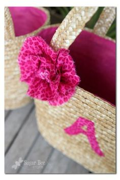 great idea - - a simple way to personalize a store-bought easter basket - - so easy!! - - Last Minute Easter Baskets ~ Sugar Bee Crafts