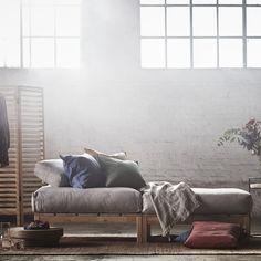 Un repose-pieds, IKEA