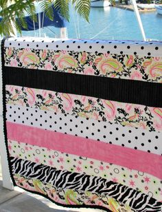 Minky Tips and Tricks! One of many tutorials by Suzanne at Strawberry Patches. Quilting Tips, Quilting Tutorials, Sewing Tutorials, Sewing Projects, Love Sewing, Baby Sewing, Quilt As You Go, Jellyroll Quilts, Minky Blanket