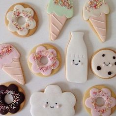How about a Milk and Cookies Themed party or shower? Check out this gallery of amazing kawaii-inspired cookies almost too cute to eat! See what kind of magic you can make in the kitchen with a little imagination and a big sweet tooth. Fondant Cookies, Galletas Cookies, Iced Cookies, Cute Cookies, Royal Icing Cookies, Cupcake Cookies, Sugar Cookies, Sweet Cookies, Kawaii Cookies