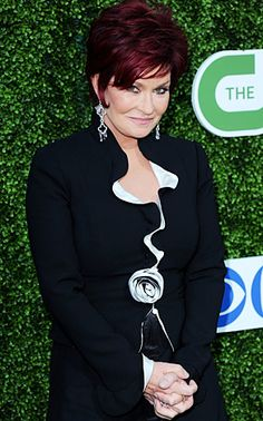 Sharon Osbourne She may have survived a battle with cancer, but The Talk co-host admits she's still fighting her eating disorder. Sharon Osbourne, Ozzy Osbourne, Celebrity Bodies, Most Beautiful People, Demi Lovato, Cancer Awareness, Girl Power, Disorders, Haircuts