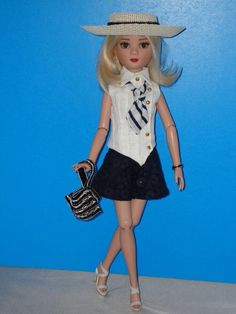 "Ellowyne, Prudence OOAK Fashion Outfit ""Oh So Chic"" with Purse & Hat via eBay SOLD 4/5/15   $34.99"