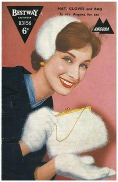 ladies hat, gloves and bag vintage knitting pattern PDF