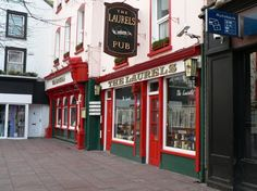 The Laurels Pub - Killarney Ireland - Biggest tourist trap in Kilarney & that's saying a lot Ireland Pubs, Ireland Travel, British Pub, Pubs And Restaurants, Tourist Trap, Great Britain, Trip Advisor, Scotland, Around The Worlds