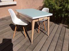 Cette jolie table est partie faire le bonheur d'une famille parisienne !