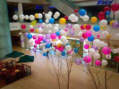Andares Shopping Mall Balloon Instalation  ART INSTALLATION