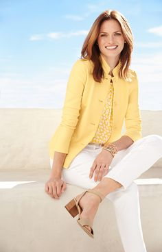 A spring must-have for the office and beyond: our Stand-Collar jacket in a fresh yellow!
