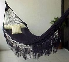 I want this hammock in my woman cave. (I hate that men can have a & cave& but when a woman wants a woman cave it sounds like a vagina reference. Sweet Home, Indoor Hammock, Backyard Hammock, Babe Cave, Ideas Hogar, Woman Cave, Decoration Inspiration, Decor Ideas, Gothic House