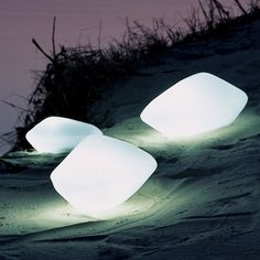 Stone outdoor lamps