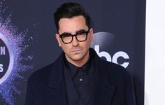 2019 American Music Awards: Dan Levy in Valentino Valentino Sneakers, Moon Book, David Rose, American Music Awards, Dan, Toms, Kicks, Earth