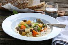 KJØTTSUPPE Frisk, Fruit Salad, Allrecipes, Soup Recipes, Food, Fruit Salads, Meals, Yemek, Eten