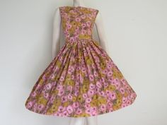 Round She Goes - Market Place - Summer 50's 60's Pink, Gold and Green Floral Party Dress