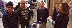 Première image de pré-production pour #StarWarsVII avec R2D2. Êtes-vous impatient de retrouvez le petit robot ?