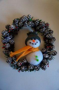 Corona de Navidad on Etsy, hechas a mano y fieltro, US$20,00