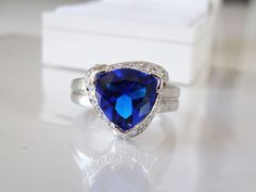 New White Gold on Sterling Silver 925 Sim Sapphire Blue Trillion Cut Ring Size 9 #Designer #Halo #CharlesWinstonCWERing #BlueDiamondRing #BlueEngagementRing