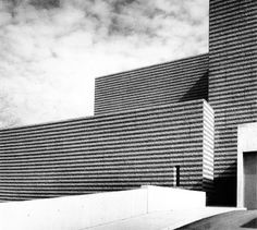 Cleveland Museum of Art, 1967-70 Marcel Breuer and Hamilton P. Smith