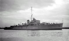 Murchisons | June 3, 1946. A second view of HMAS MURCHISON's arrival on a dark day ...