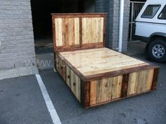 Pallet Queen Size Bed
