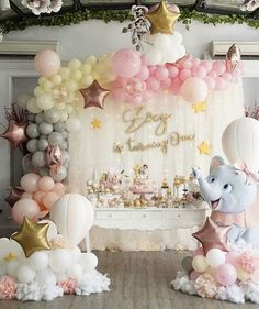 Excellent Cost-Free baby Birthday Decorations Style You don't have to seek the services of an internal creator to have a huge record pictures future p Birthday Balloon Decorations, Girl Baby Shower Decorations, Birthday Balloons, Wedding Decorations, Deco Baby Shower, Baby Shower Balloons, Baby Shower Parties, Baby Showers, 1st Birthday Party For Girls