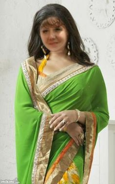 Flamboyant Green & Off White Embroidered Saree Simplicity Is Beauty, Bollywood Saree, People Around The World, Sarees Online, Beauty Photography, Off White, Sari, Indian, Womens Fashion