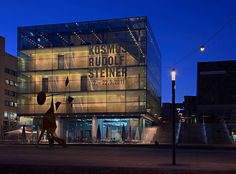 Kunstmuseum Stuttgart am Schlossplatz bei Nacht.  #Kultur #Kunst #Stuttgart #Art